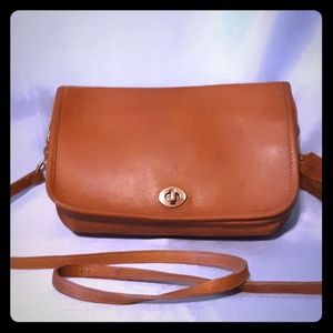 Vintage Coach Crossbody Purse Leather Camel Color